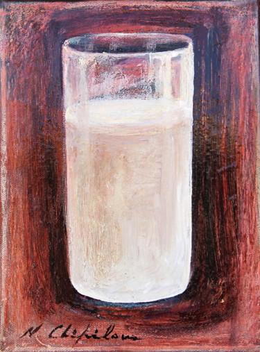 Verre de lait, fond rouge