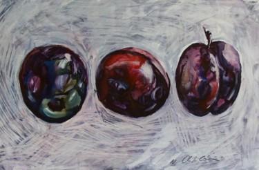 Trois prunes