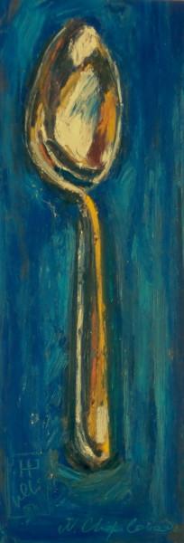 Grande cuillère sur fond bleu